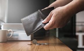 7 Quick Facts on Americans' Biggest Money Regrets